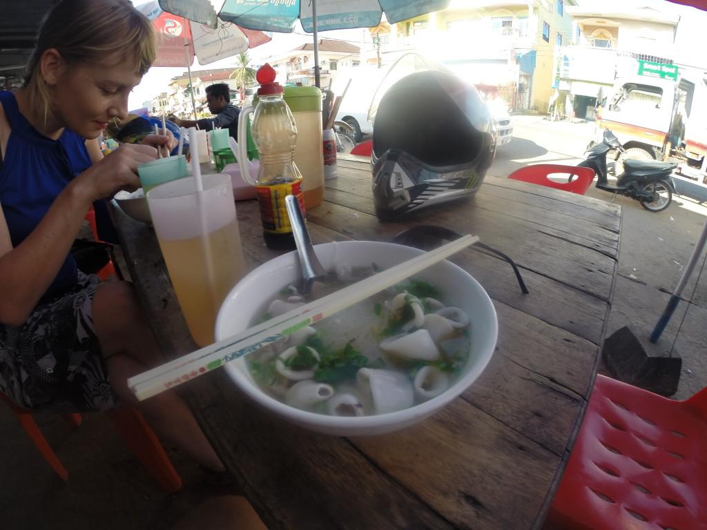 Motocyklem po Kambodży - jedzenie