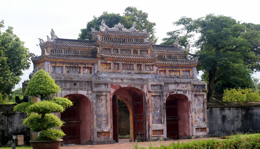 Hue-Brama Purpurowego Zakazanego Miasta