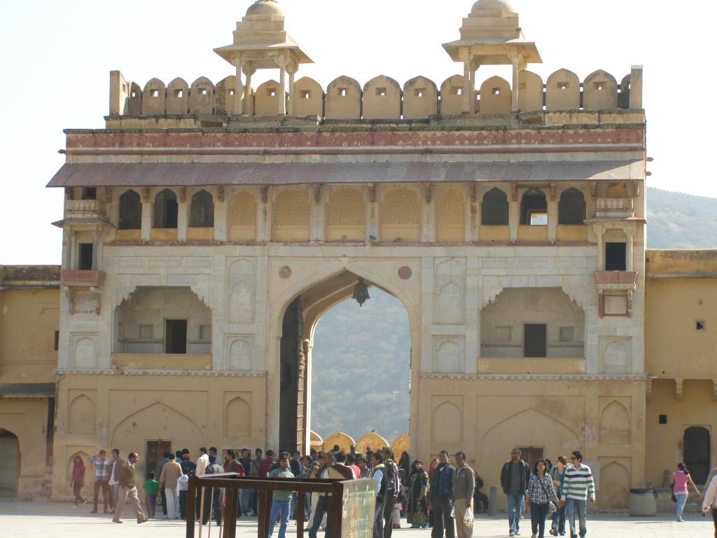Jaipur - Brama do fortu Amber