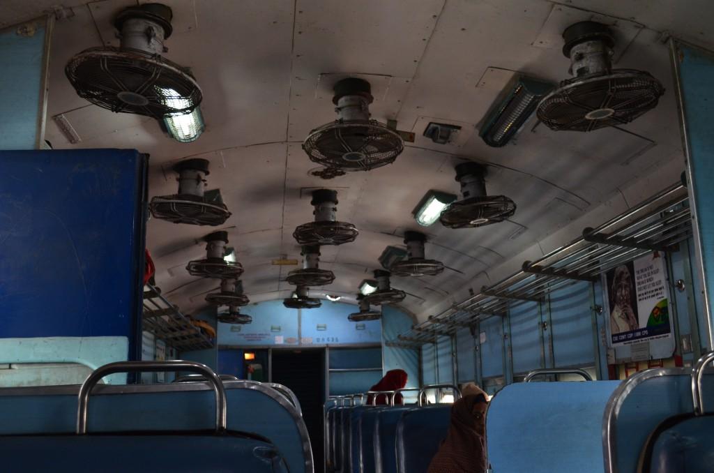 Indyjski pociąg - sufit