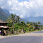 Laos - droga w okolicy Vang Vieng