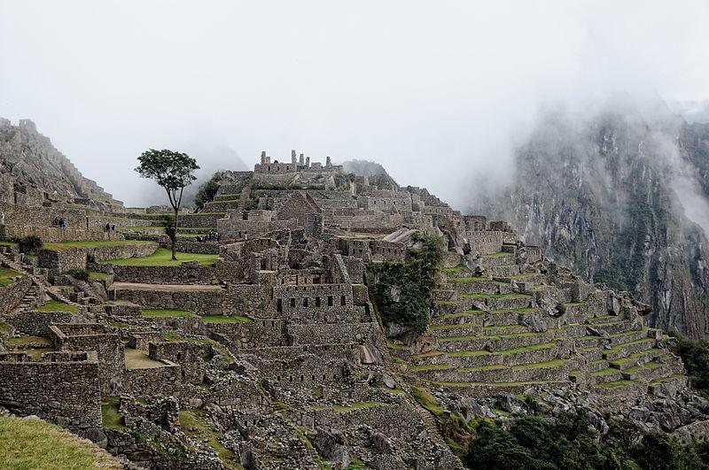 Machu Picchu o świcie