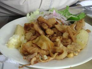 Kuchnia filipińska - Chicharong - świńskie wnętrzności