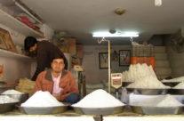 Indie – Jaipur – stragan z cukrem