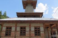 Indie – Manali – świątynia hinduistyczna