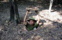 Wietnam tunele Cu Chi – wejście