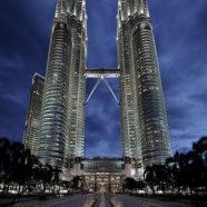 Malezja – olbrzymie centra handlowe i dzikie dżungle