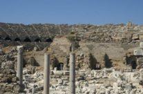 Zwiedzanie Turcji – Amfiteatr w Side