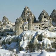 Zwiedzanie Turcji: księżycowy krajobraz Kapadocji