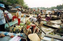Zwiedzanie Wietnamu – Rynek Can Tho w delcie Mekongu